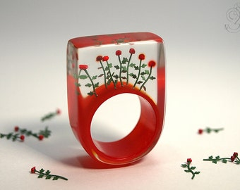 Red roses – romantic flower ring with red mini-roses on a scarlet ring made of resin for lovers