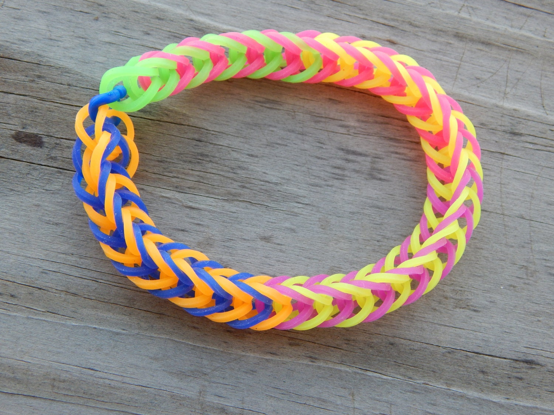 Multicolor Fishtail Pattern Rubber Band Bracelet by ...