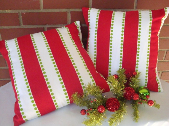Holiday Pillows. Christmas Pillow Covers. Holiday Decor. Red Pillow. Christmas Decor