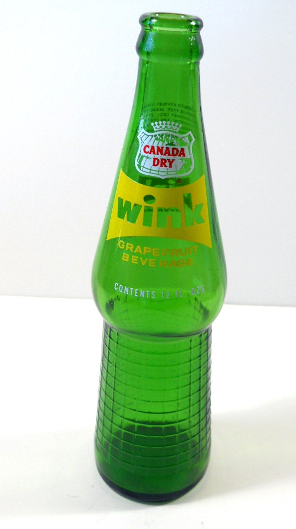 OLD Canada Dry bottle