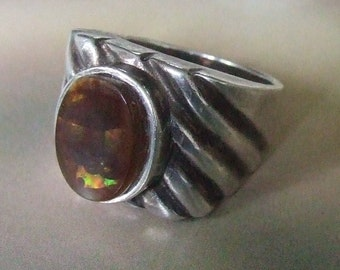 Mans Mexican Fire Agate Heavy Vintage Sterling Silver Bezel Set Gemstone Ring Size 8.25