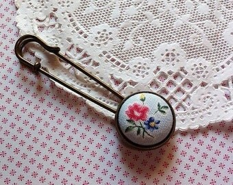Handmade Fabric Button Brooch, Handmade, Fabric Button Brooch Brooch