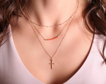 Layering Necklaces // Layered Necklace Set // Bar Necklace // Thin Chain Necklace // Dainty Jewelry //
