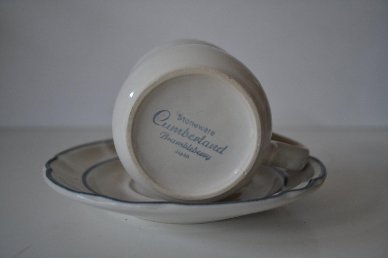 Hearthside Stoneware Cumberland Brambleberry Cup & Saucer - set of 6 ...