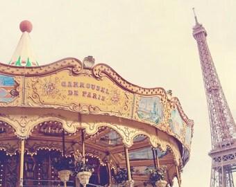Paris Carousel Photography, Eiffel Tower, Paris Decor, Europe - Carousel de Paris