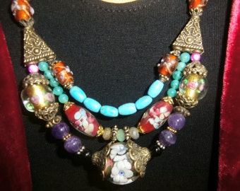 """necklace """"Vénézia"""" with sulfure glass bead from Vénézia,améthystes and turquoises"""