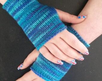 Wristers - ocean blue, handmade