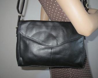 Shoulder bag black leather look bag vintage