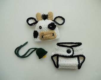 Baby Cow Hat Diapers and Bell Set - Newborn Cow Hat - Baby Cow Hat - Newborn Photo Prop - Farm Hat - Crochet cow hat - CUSTOM UK SELLER