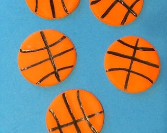Basketball   fondant cupcake topper