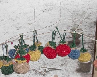 crochet Easter balls