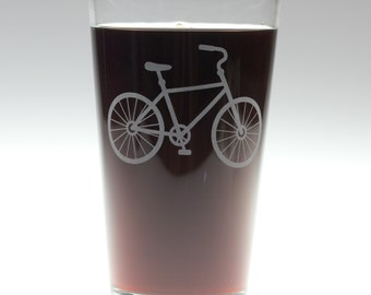 Personalized Bicycle Pint Glasses, Christmas Gift, Bicyle Lover, Personalized Pint Glass, Custom Pint Glass, Gifts for Him, Gifts for Her