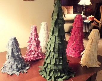 Country Primitive Green Rag Strip Fabric Christmas Tree