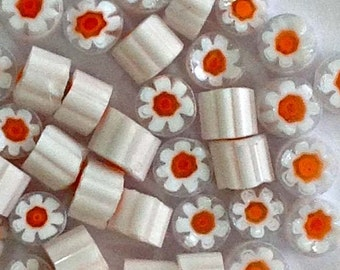 REF MU15_ White millefiori slices COE 104 - Transparent white and orange murrini flowers - 35-40 pieces of murrini chips 4-6 mm
