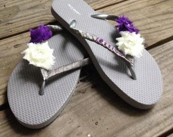Custom Wedding Flip Flops, Bridesmaid Flip Flops, Bridal Party Flip Flops, ANY COLOR AVAILABLE