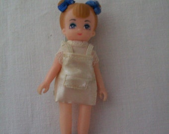 Vintage 1988 Epoch Miniature Girl Doll made in Taiwan Doll
