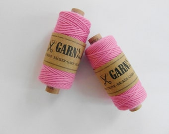 1 spool BAKER'S TWINE *rose *pink