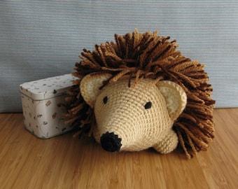 Mr. Hedgehog crochet amigurumi
