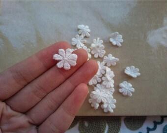 50/100pcs 1.5CM diameter white flower applique,DIY 7-petals lace appliques-LSA0001