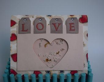Handmade Love Shaker Box for Scrapbooking