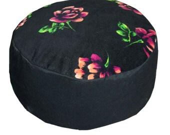 Meditation cushion. Black velour with roses