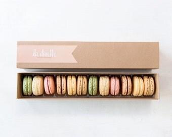 Gift Box 12 Classic Macarons