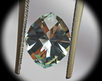 Aquamarine | 1.82ct | Precision Cut. Checkerboard oval design. Designed to  get the maximum light return to the stone.