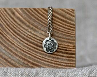 blossom pebble pendant necklace