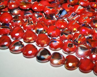 Red Heart Glass Beads 14 x14mm - 20ct - D188
