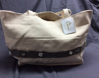 Handcrafted bag made in Italy from cotton