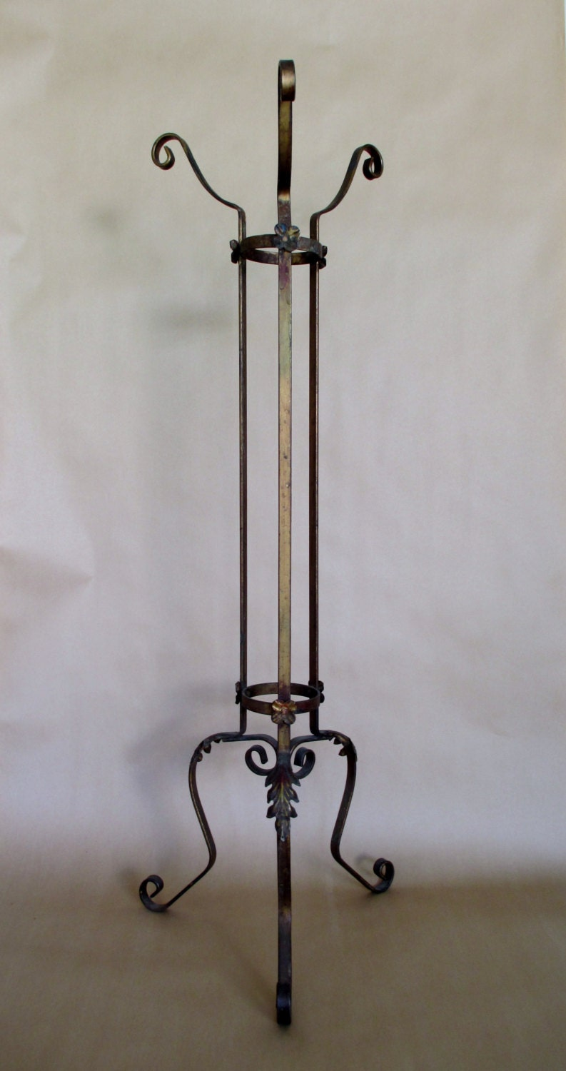 plant stand roseville pottery wrought iron jardiniere plant. Black Bedroom Furniture Sets. Home Design Ideas