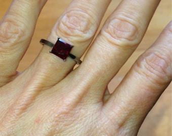 Black Gold Engagement Ring Princess Cut VVS2 1.25ct Pigeon Blood Red Ruby Ring 14kt Gold Black Rhodium Wedding Ring Bloomed Love Ring