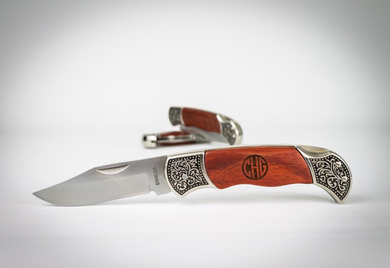 Wedding Gift Pocket Knives : Groomsmen Gift 11 Monogram Pocket Knives Custom Engraved