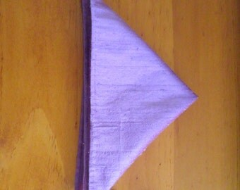 The 'Rhett' silk pocket square in violet