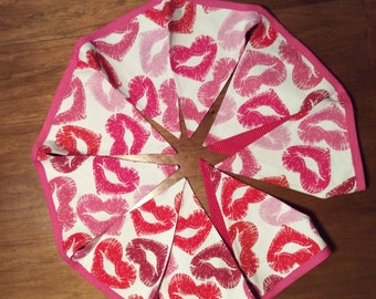 Valentine's day reversible fabric triangle banner, pink and red kiss lips and red polk dot