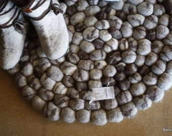 Felt stone carpet