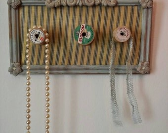 Shabby chic, vintage sewing spool hanger
