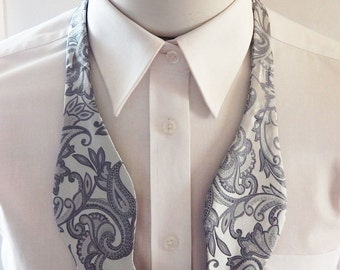 Mens Bowtie Silver And Gray Paisley Self Tie Bow Tie