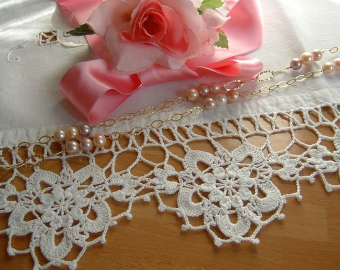 Featured listing image: Crochet lace for edging in white cotton with anemones. Edge for shelves. Shabby chic home décor. To order.