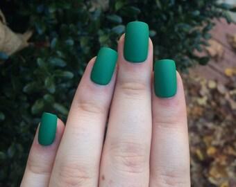 Green fake nails, matte nails, matte press on nails