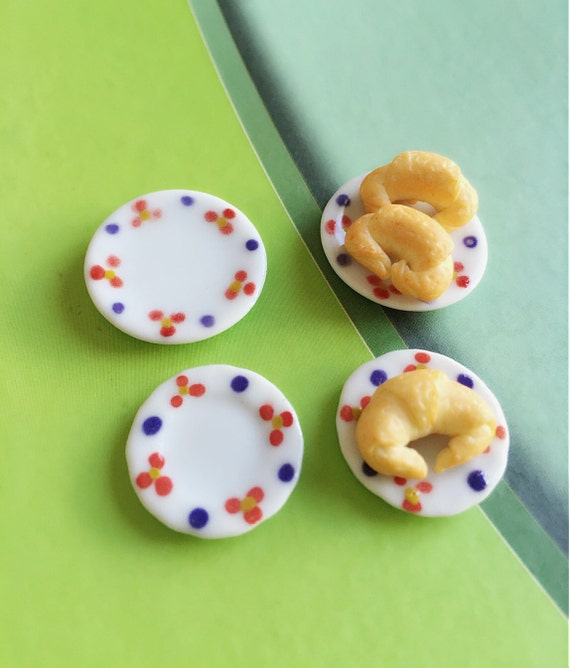 4 Miniature Ceramic Plate,Miniature Food Plate,Dollhouse Plate,Miniature tray,Ceramic Plate,Miniature food accessories,Miniature DIY