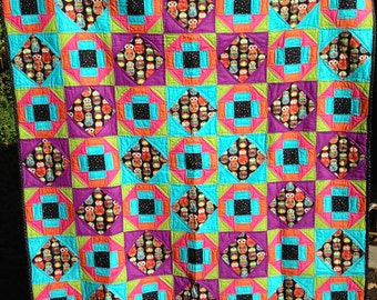 Bright Owl Twin quilt