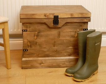 Rustic Wooden Chest Trunk Wellington Boot Shoe Storage Box & Seat Vintage Style