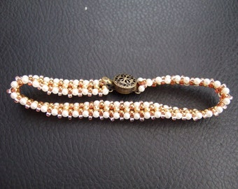 Snow-drop Beaded Bracelet