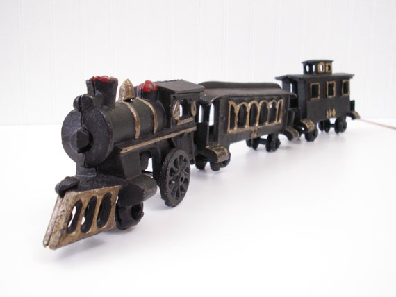 Nycrr Cast Iron Train: Vintage Cast Iron Train Set Locomotive Engine Passenger