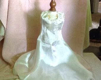 Very Beautiful Satin Doll Wedding Dress