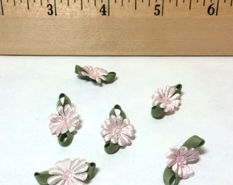 Mini RIBBON Flowers with Beads Pale Pink 6-Pack