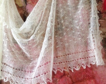 Handcrafted warm scarf, spider web scarf, white handmade scarf, winter, women accessories, natural materials, gift ideas