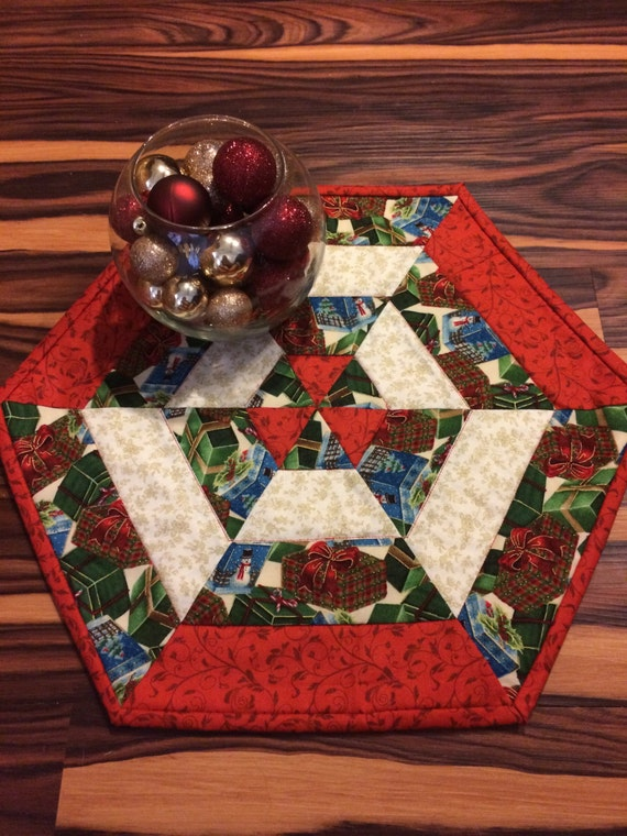 Quilted christmas presents centerpiece table topper runner