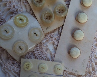 21 Vintage White Cream Buttons 1960's